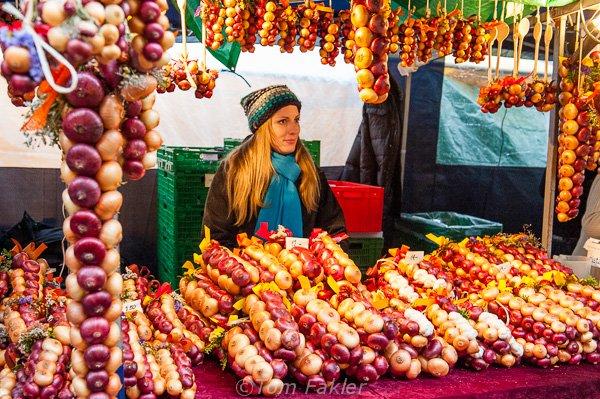 Onion stand at Zibelmarit, Bern