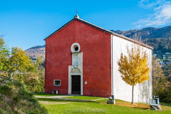 Chiesa Rosa, Castel San Pietro