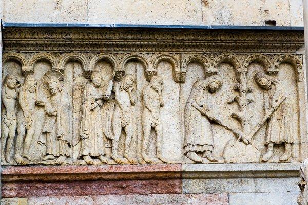 Bas-relief, Duomo, Modena, Italy